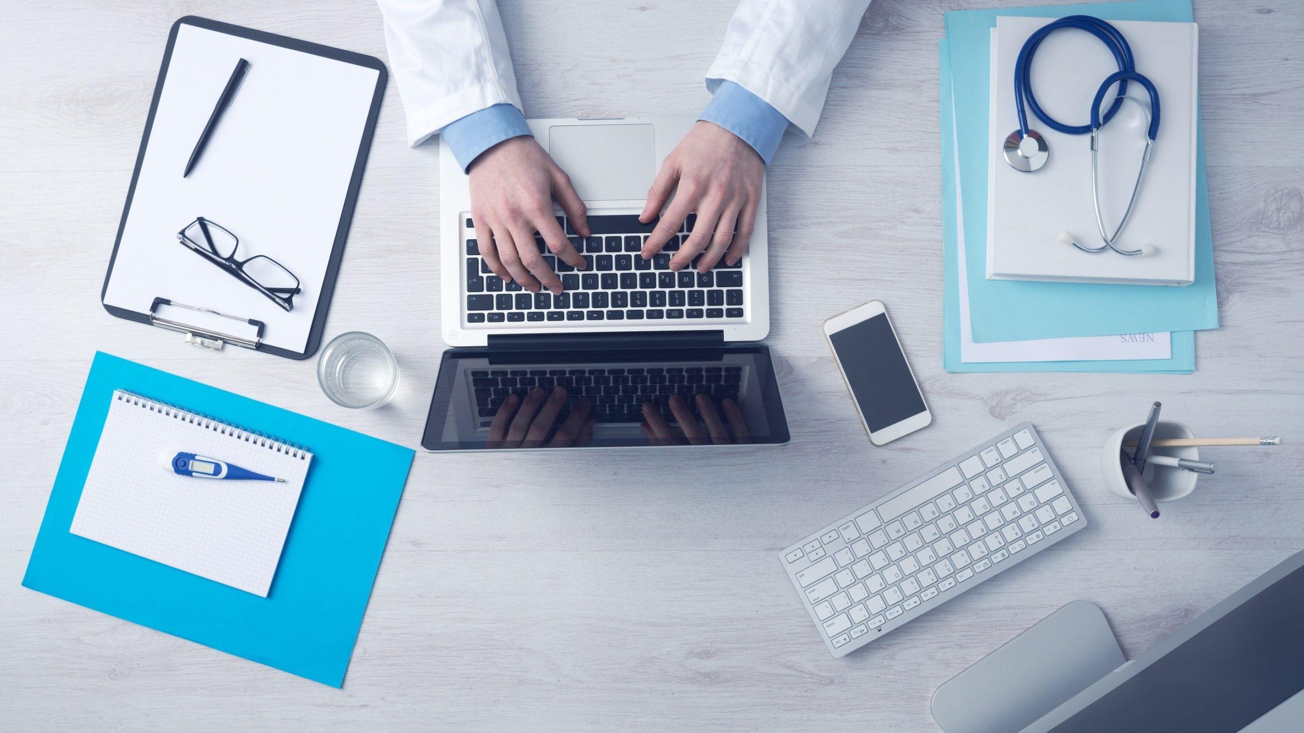 La AEPD analiza por primera vez el cumplimiento de la protección de datos en el ámbito de la atención sociosanitaria